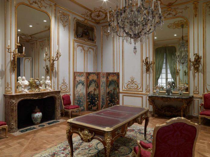аксессуары в комнате в стиле барокко