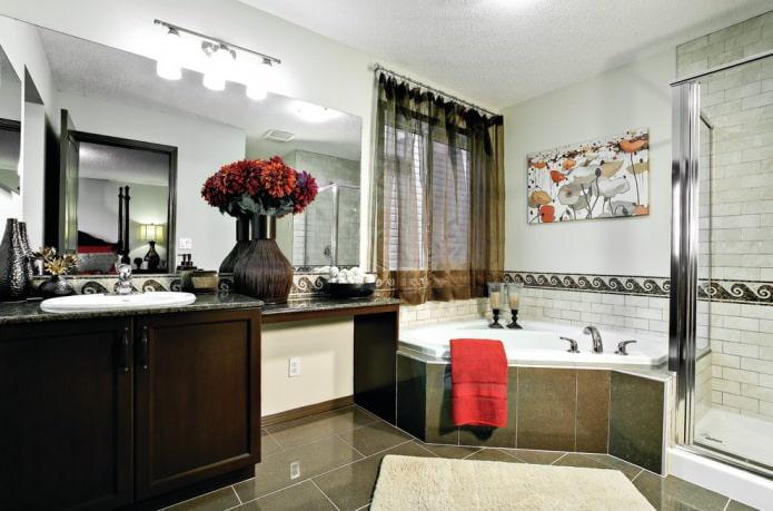 коричневый тюль в ванной