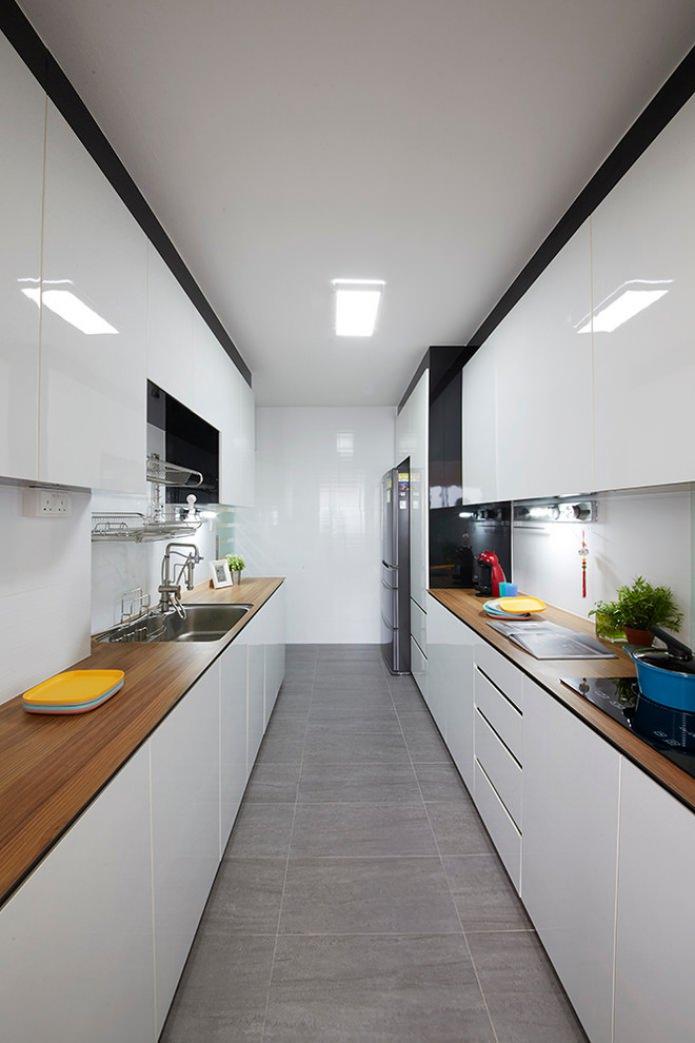 интерьер белой кухни с деревянной столешницей 60 вдохновляющих фото
