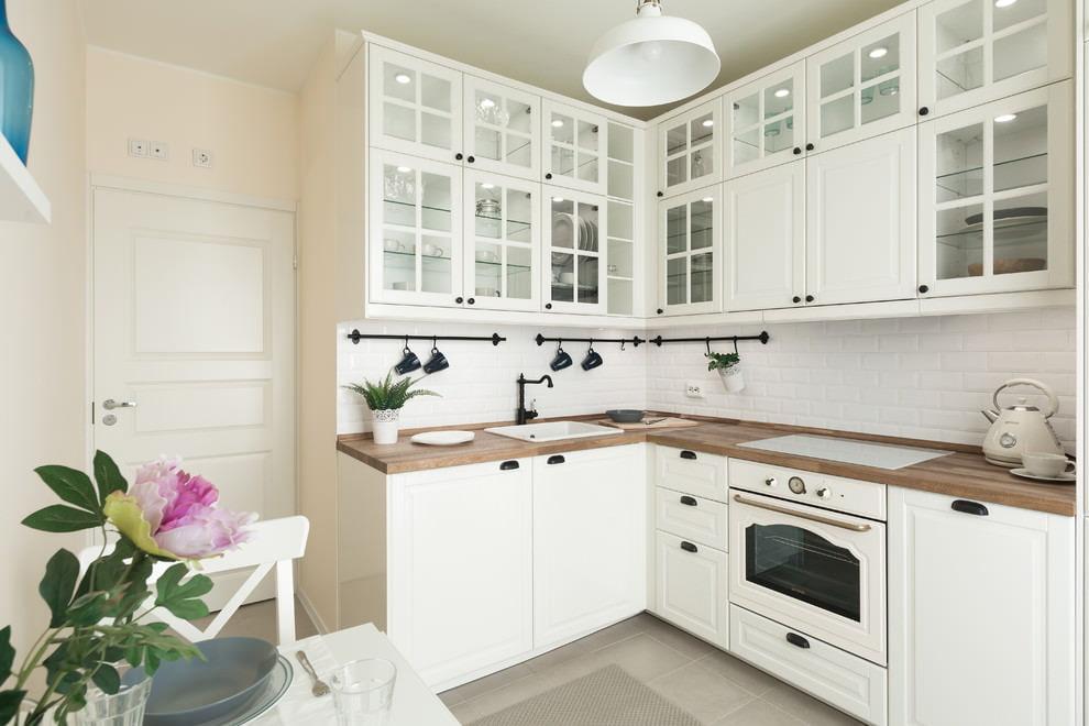 кухня интерьер цветы