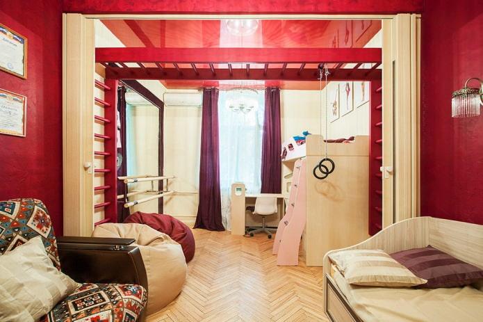 красные стены и потолок в детской