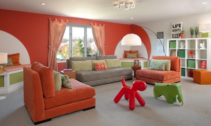 Красно-зеленая гостиная