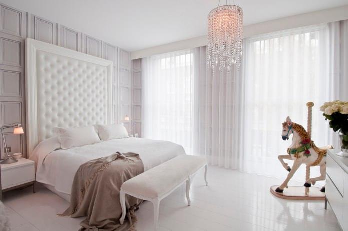 органза на шторах в спальне