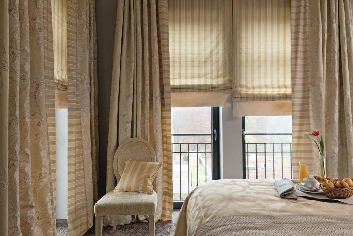Шторы для окна с балконной дверью