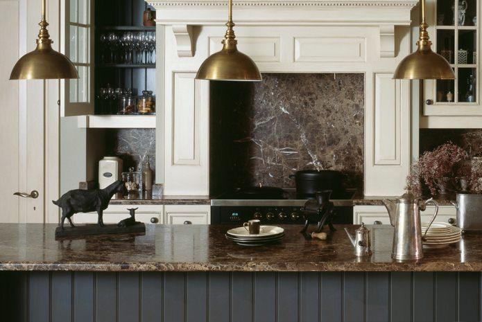 Искусственный камень в кухне