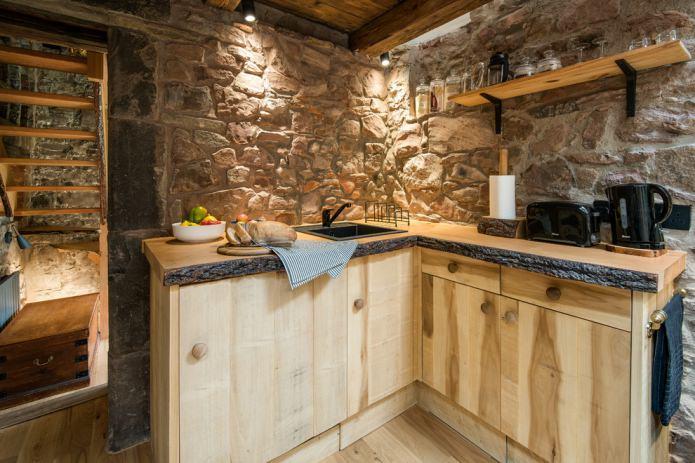 дикий камень в эко кухне