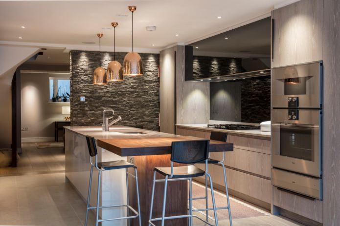 стена из сланца в современной кухне