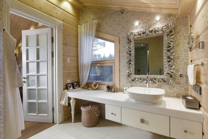 белые шторы ванной