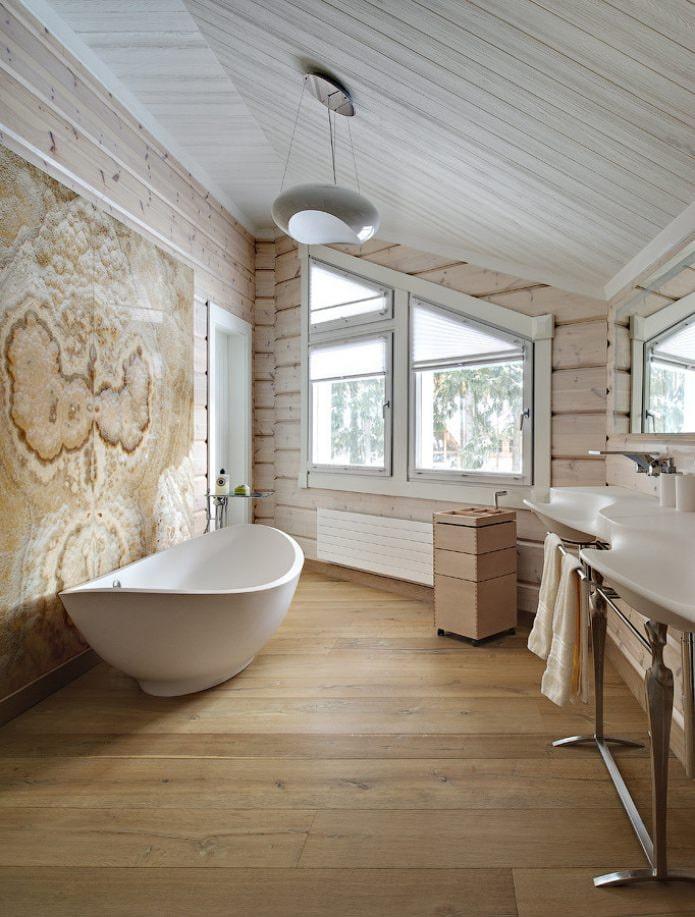 ванная на мансарде в коричнево-бежевых тонах