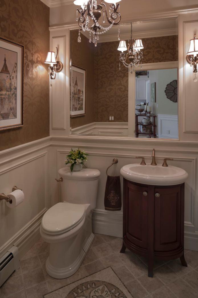 коричневые обои в туалете
