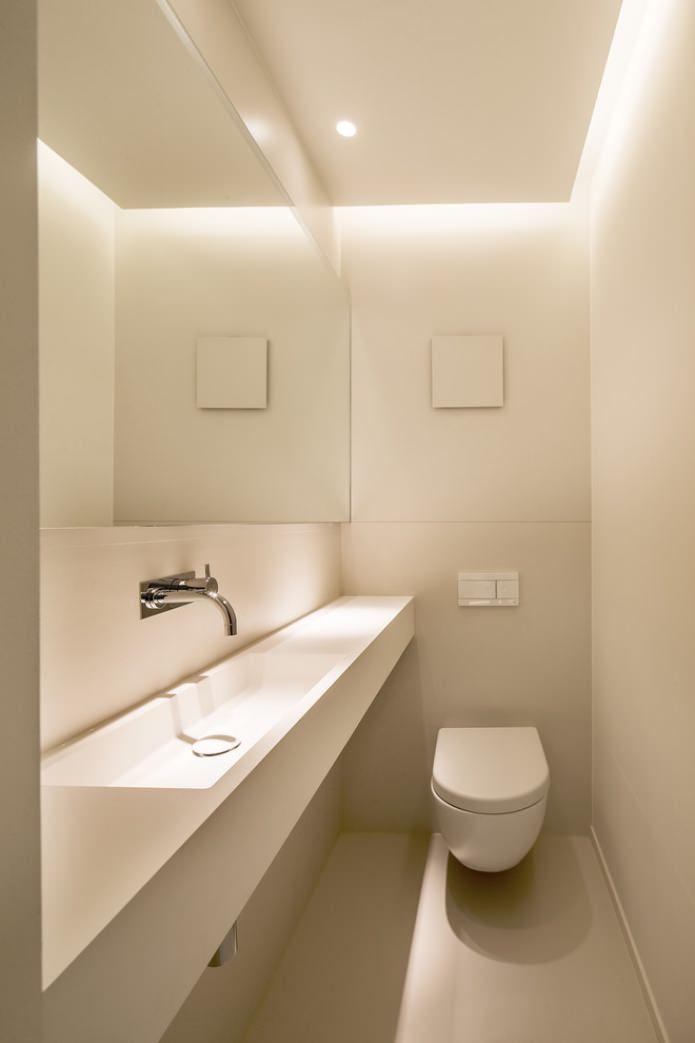 туалет в белых тонах