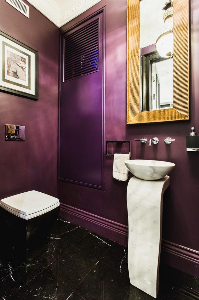 фиолетовая покраска санузла