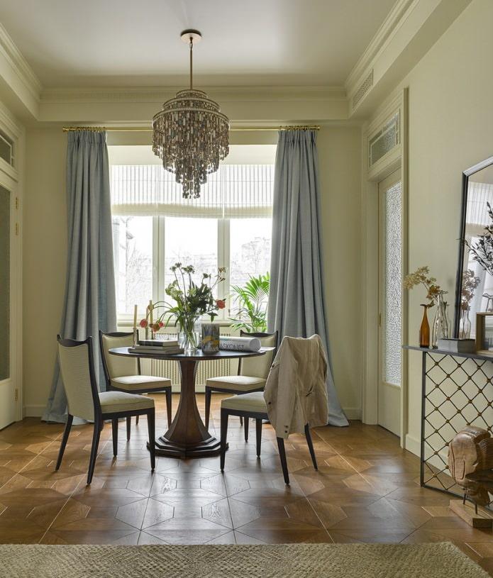 длинные классические шторы