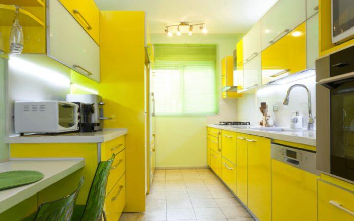 Желто-салатовая кухня