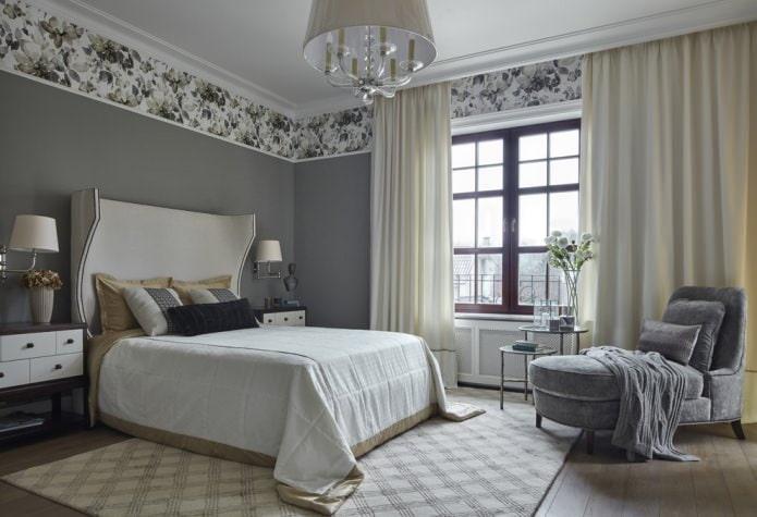 интерьер спальни с однотонными стенами и цветочной окантовкой из обоев