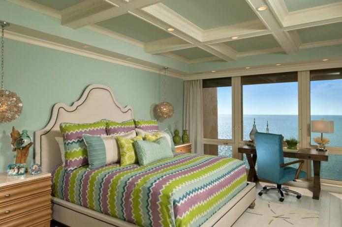 интерьер спальни с мятными стенами