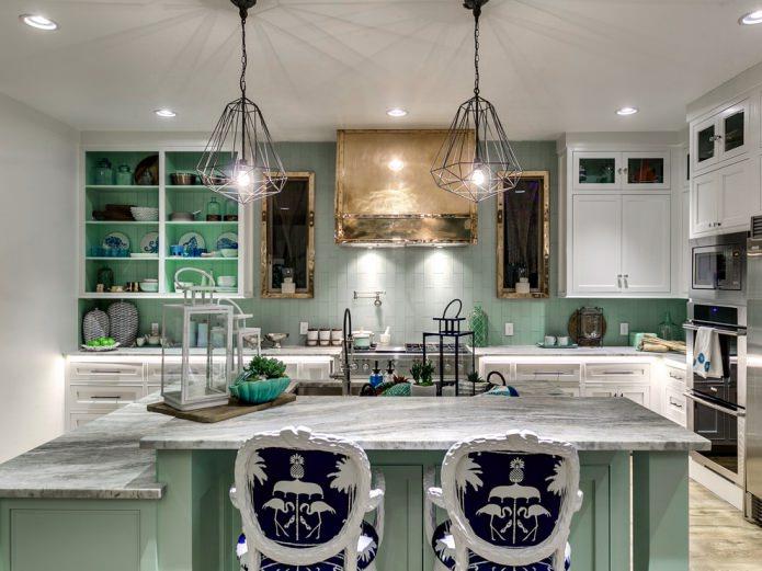 мятная кухня в морском стиле