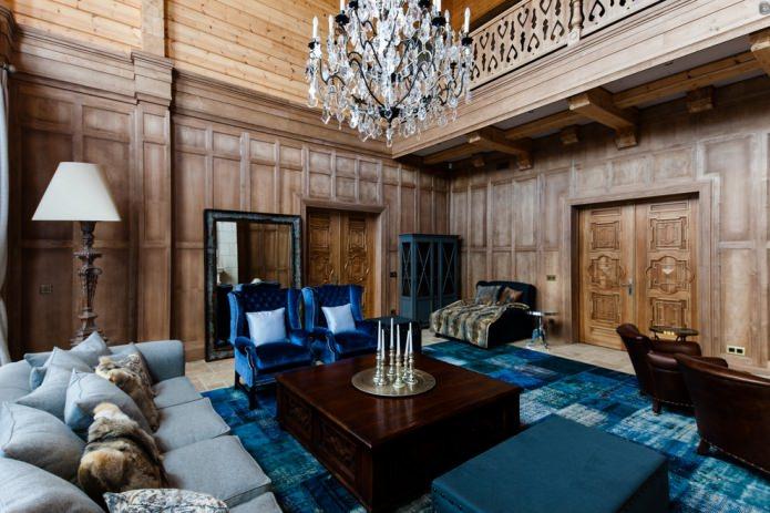 гостиная с деревянной обшивкой стен
