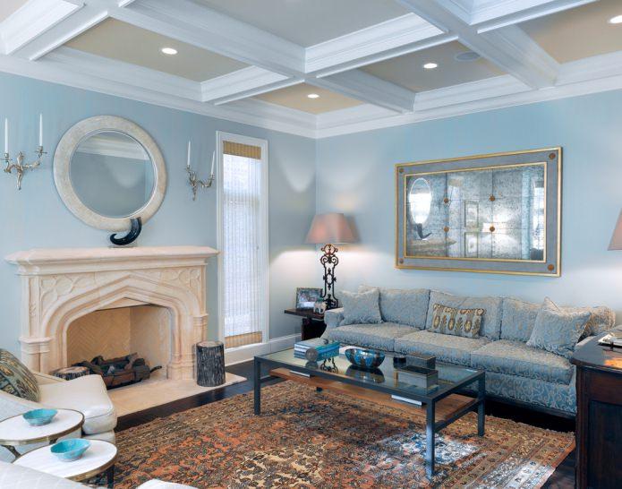 Светло-голубая гостиная