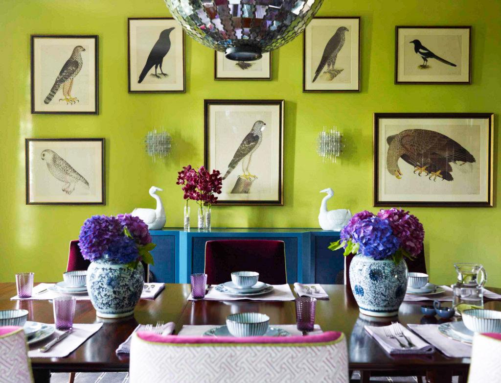 Салатовый цвет в интерьере: сочетания, выбор стиля, отделки и мебели (65 фото)
