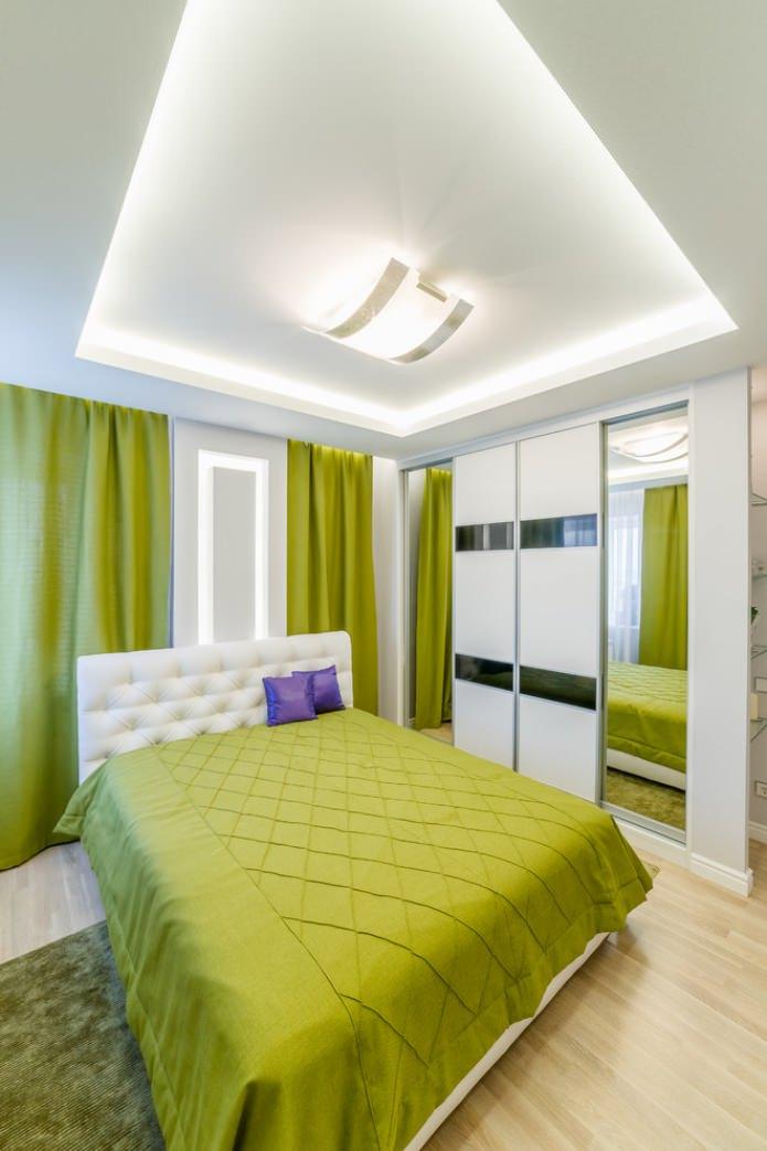 салатовый текстиль в спальне