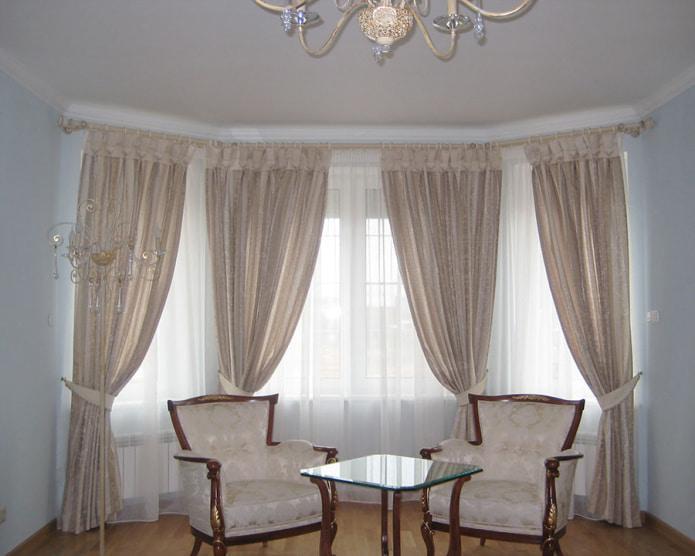 шторы на кольцах в гостиной