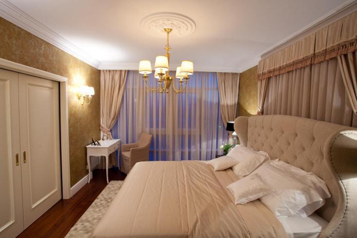 ламбрекен с кистями в спальне
