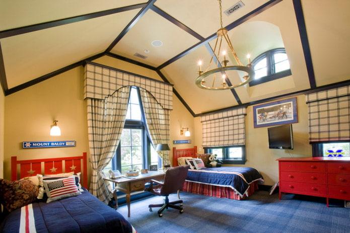 бежевый потолок и синий пол