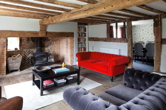 бархатный диван в стиле честерфилд