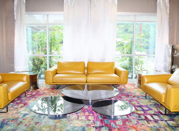 Желтый диван в интерьере: 70 фото, идеи для гостиной, кухни или детской