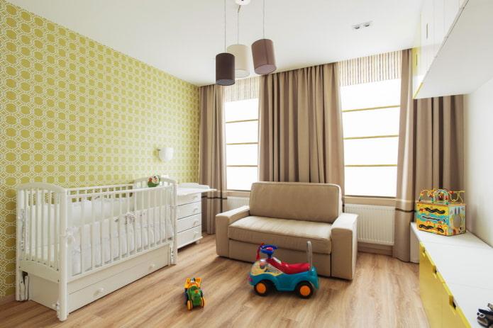 коричневые шторы желтые стены