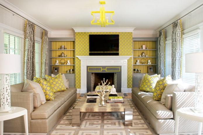 бежевый ковролин и желтые стены