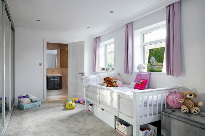 Короткие шторы в детской