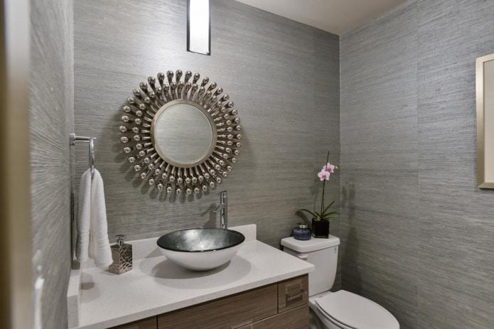 Керамические обои в туалете