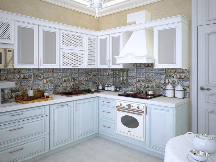 кухня в стиле прованс в светлой цветовой гамме