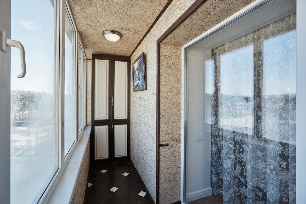 Отделка балкона пробкой фото