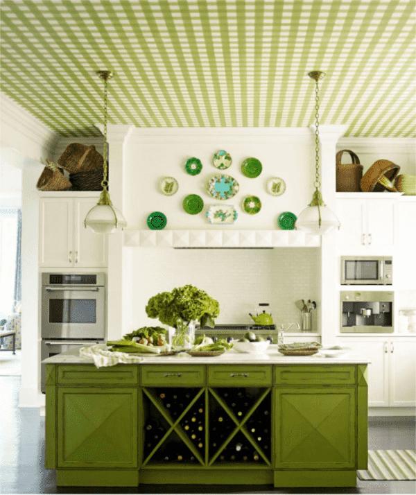 зеленые обои на потолке в интерьере