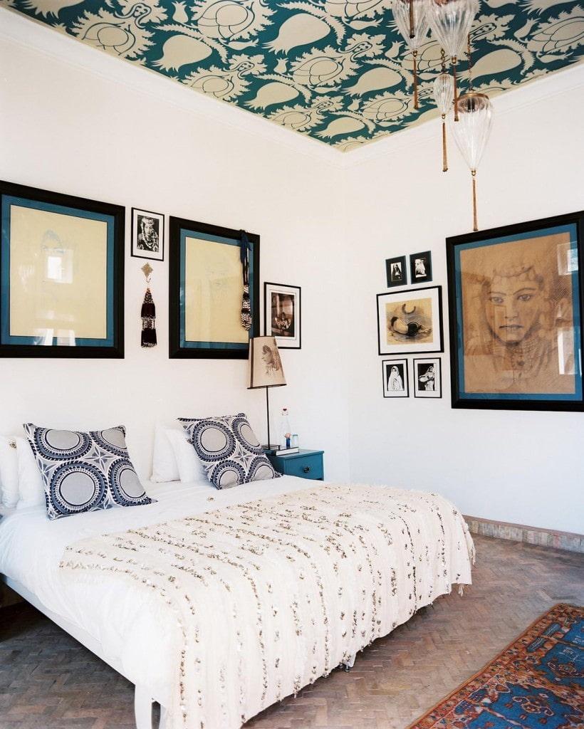 Обои на потолке современный дизайн фото как лишь
