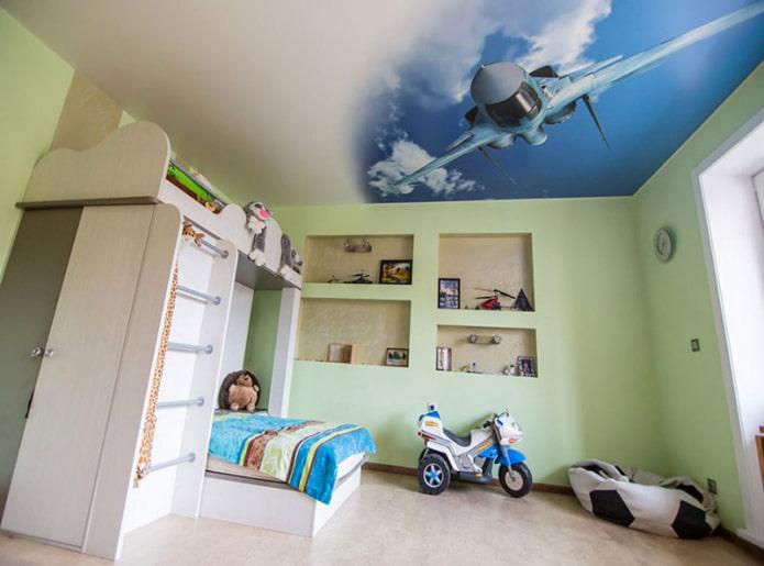 фотообои на потолке в интерьере