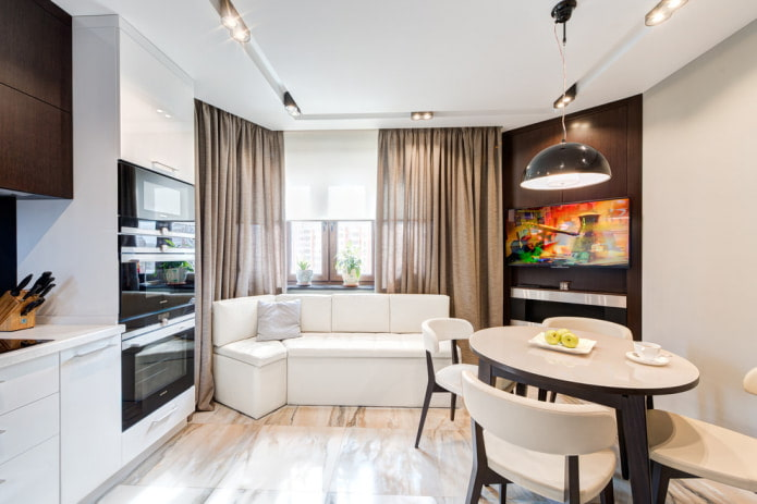 компактный белый угловой диванчик в кухне