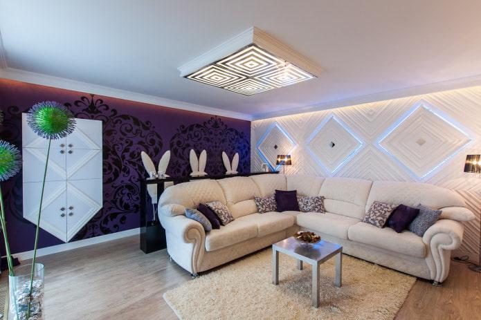 белый диван с фиолетовыми и белыми стенами