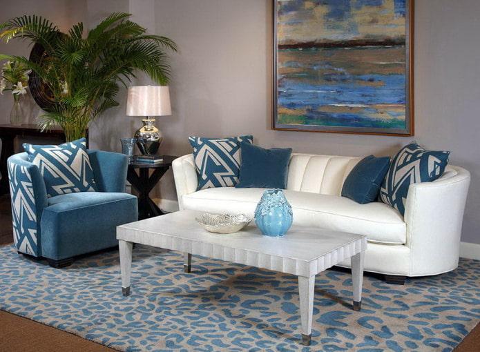 Бело-синий диван