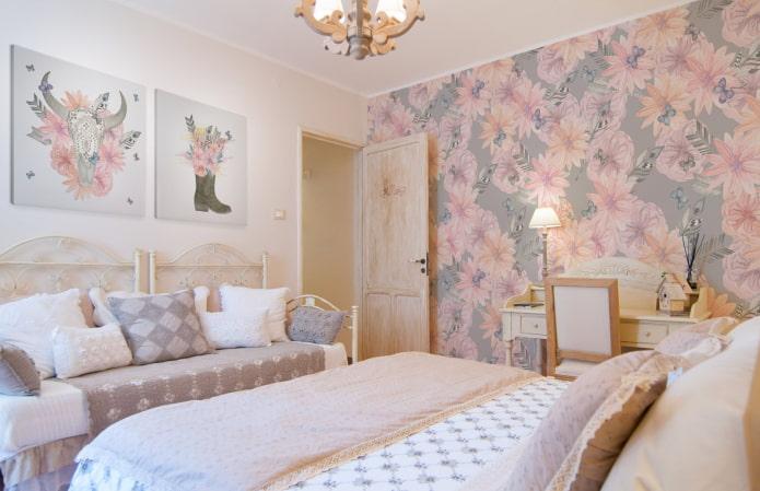 серо-розовые обои в спальне