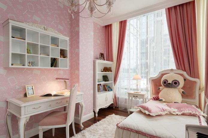 Нежно-розовые обои