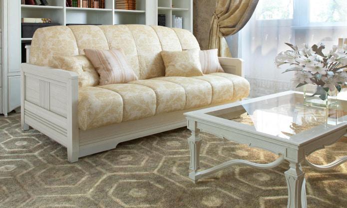 Бежево-золотистый диван