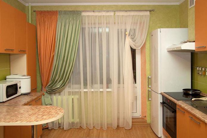 двухцветная штора с оранжевым