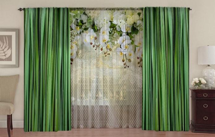 цветочная тюль с шелковыми портьерами