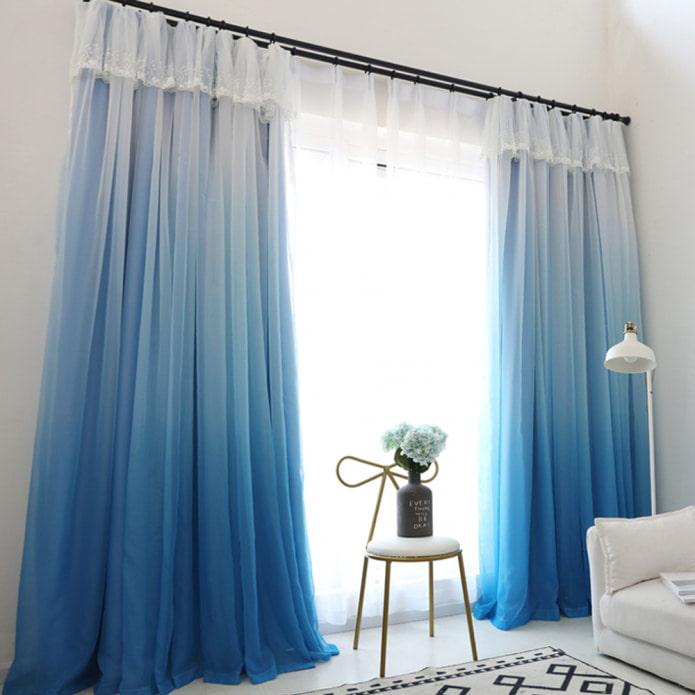 бело-синий градиент на шторах