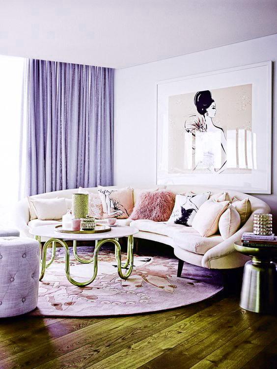 занавески сиреневого цвета в гостиной
