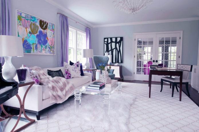 сочетание сиреневых портьер с мебелью